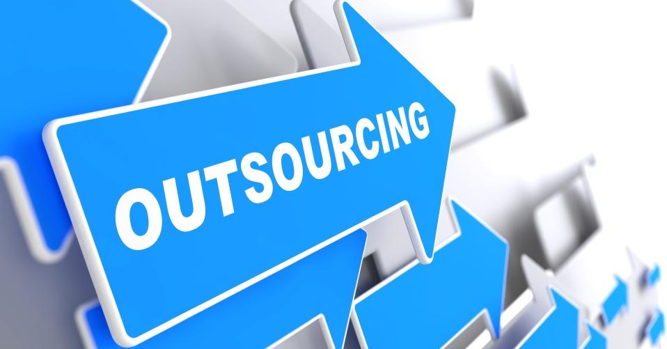 Lý do bạn nên thuê viết bài PR và outsource nội dung