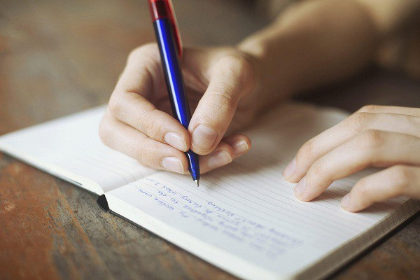 Gcontent chia sẻ cách học viết bài pr dễ nhất? 4 Quyển sách để học viết bài PR cực hay nên tham khảo?